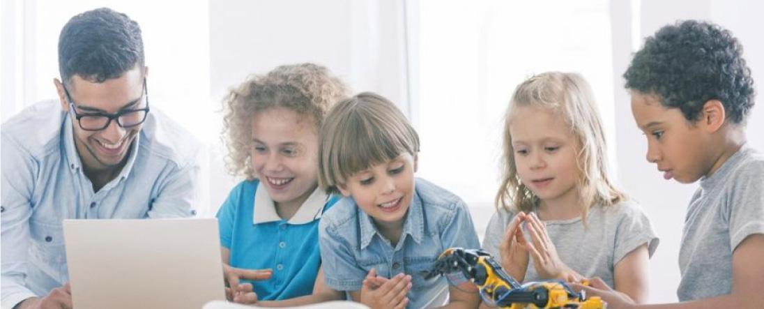 海外では5歳からプログラミング教育が始まっています
